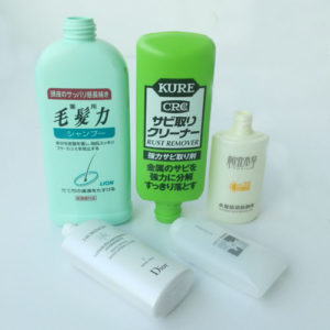 Cosmetic oval bottle screen printing